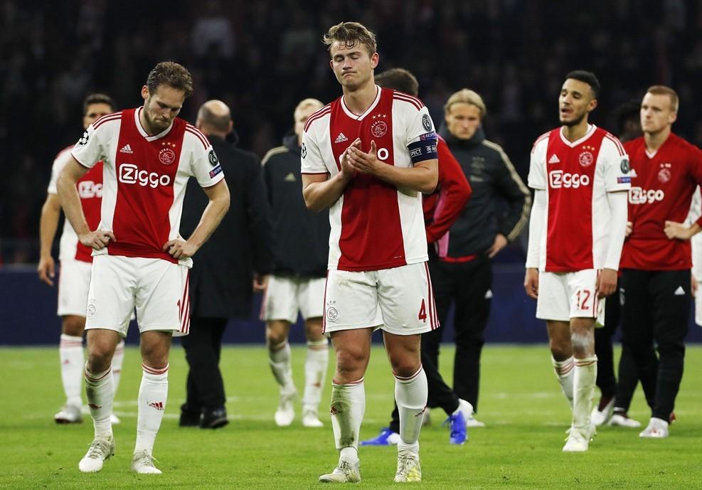 Erik ten Hag: 'Bóng đá quá tàn nhẫn với Ajax'