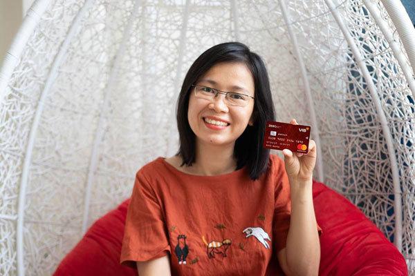 Hè thêm thú vị với thẻ tín dụng miễn lãi trọn đời
