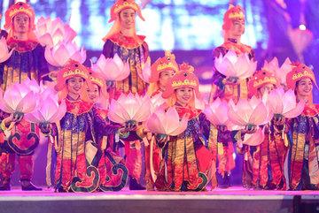 Vietnam's tourism brand to benefit from world-class cultural festivals