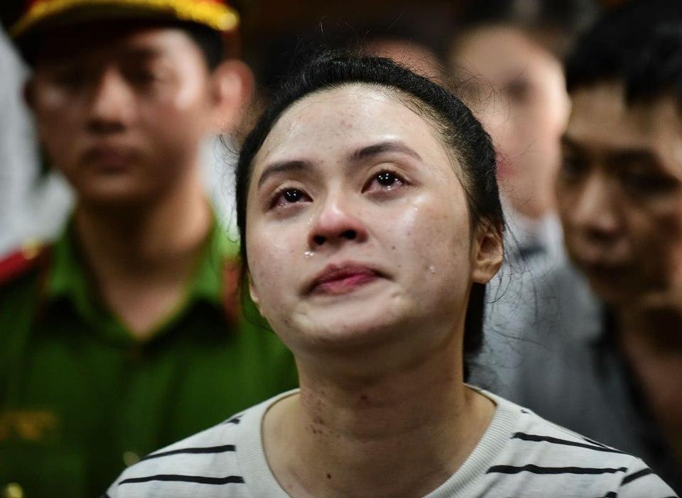 Hot girl Ngọc Miu bị đề nghị 20 năm tù