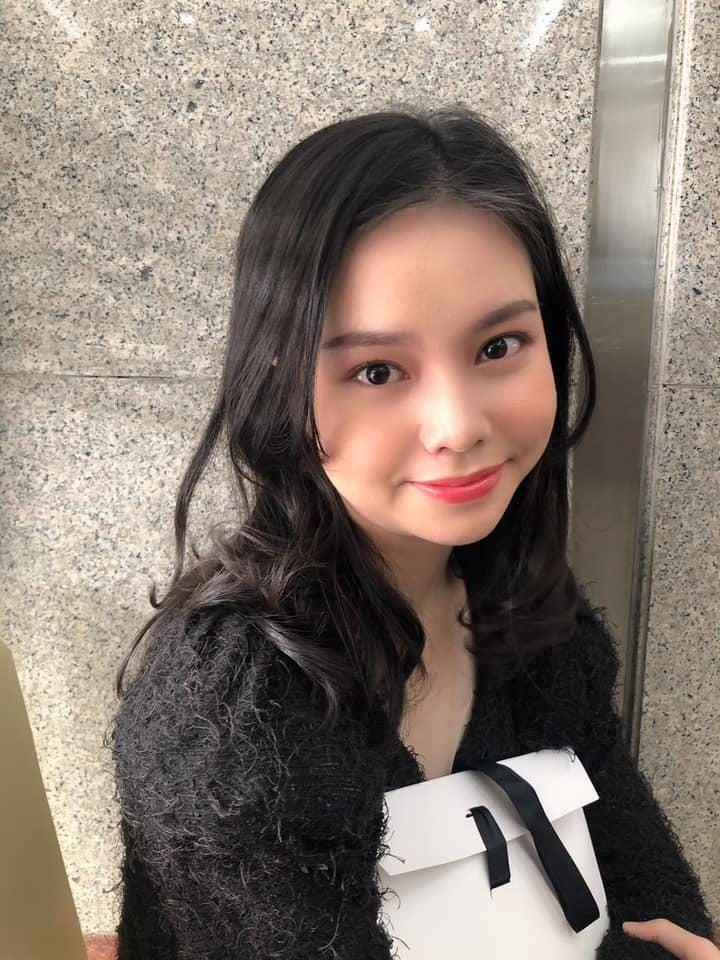 Nhan sắc diễn viên 10X đóng phim Việt ngập cảnh nóng khi mới 13 tuổi