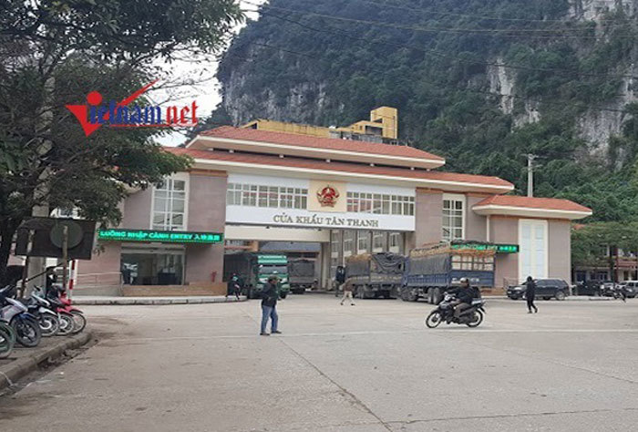 Trung Quốc dừng thông quan hàng hoátại cửa khẩu Tân Thanh