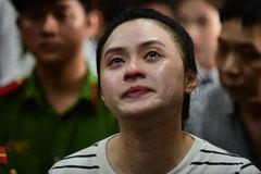Hot girl Ngọc Miu phản cung: 'Bị cáo hoảng loạn khai theo điều tra viên'