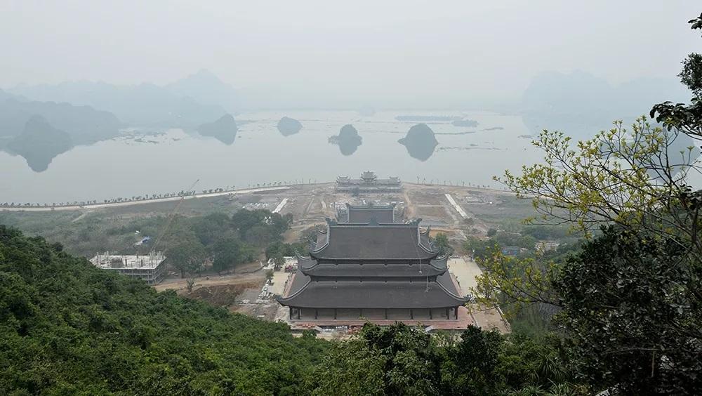 Tam Chuc Pagoda - an attractive spiritual tourism complex in Vietnam