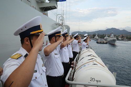 Tàu tên lửa Quang Trung tham gia diễn tập ở hàng hải Singapore