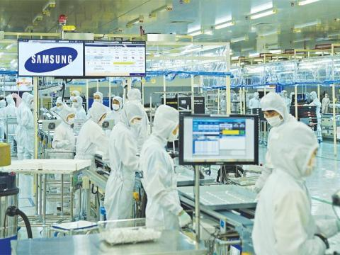 How is Vietnam's economy performing without the push from Formosa and Samsung?