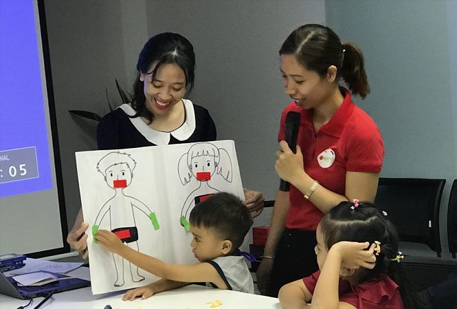 Vietnamese parents enroll kids in child-abuse prevention classes