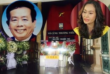 Hạnh Thúy đau xót khi đám tang nghệ sĩ Thành Trí vắng vẻ