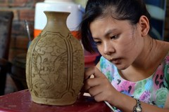 Artisans preserve handicraft villages