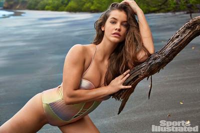 Dàn thiên thần Victoria's Secret khoe hình thể nóng bỏng trên biển