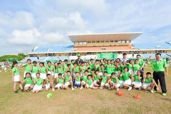 6.146 học sinh lập kỷ lục Guinness với màn đồng diễn ấn tượng