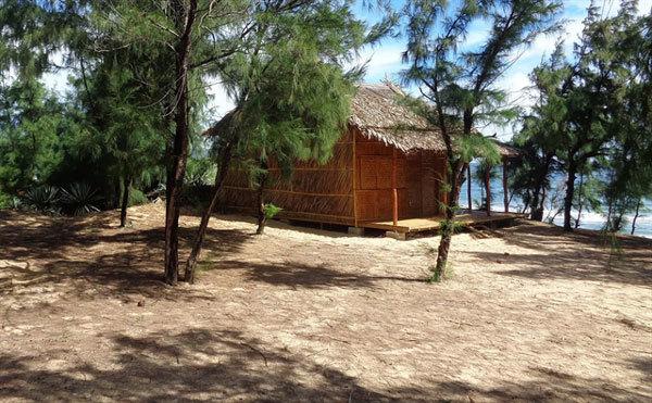 Song Cau Town in Phu Yen, a relaxing hideaway