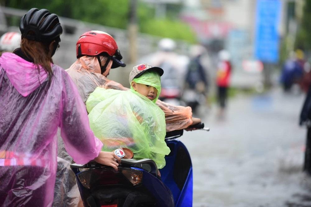 Ngập Nước,Kẹt Xe,Sài Gòn
