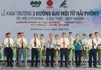 PM attends launch ceremony for three new air routes in Hai Phong