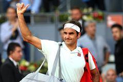 """Federer dừng bước, Nadal """"tốc hành"""" vào bán kết"""