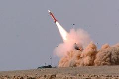 Mỹ điều thêm tên lửa, cảnh báo tàu bè dễ bị Iran tấn công