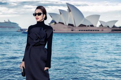 Hà Tăng kín bưng vẫn đẹp từng centimet tại Sydney