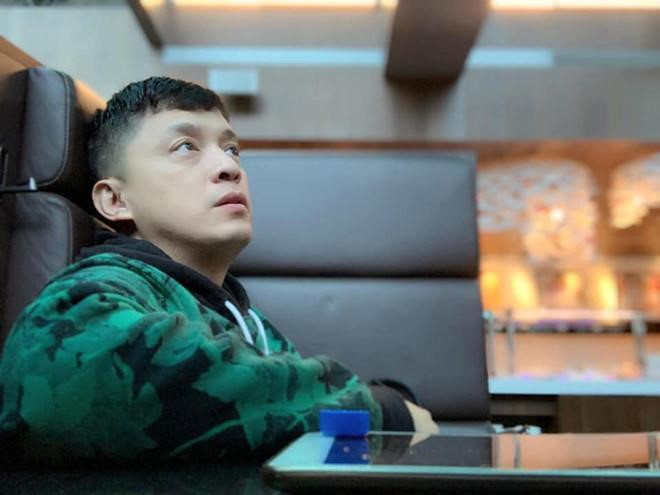 Phải làm gì khi mất hộ chiếu ở nước ngoài như Lam Trường?