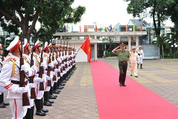 Bộ trưởng Tô Lâm kiểm tra công tác đưa công an chính quy về xã