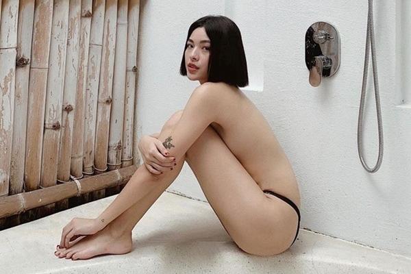 Tú Hảo đăng ảnh bán nude, ngày càng gợi cảm và nổi loạn
