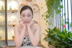 'Quỳnh búp bê' Phương Oanh: 'Tôi mặc táo bạo vì muốn sexy, nóng bỏng'
