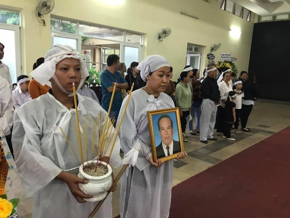 NSƯT Giang Châu,Nguyễn Anh Kiệt,Hồ Xuân Lâm,Việt Hương,Chí Tài,Thanh Điền,Thanh Kim Huệ
