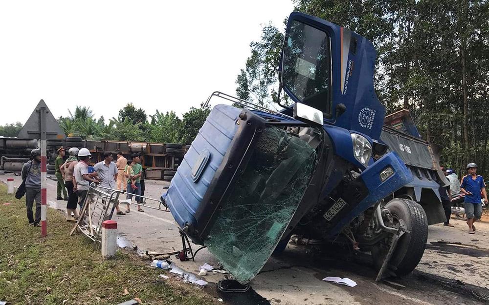Tai nạn liên hoàn,tai nạn giao thông,tai nạn,hầm Hải Vân,ùn tắc
