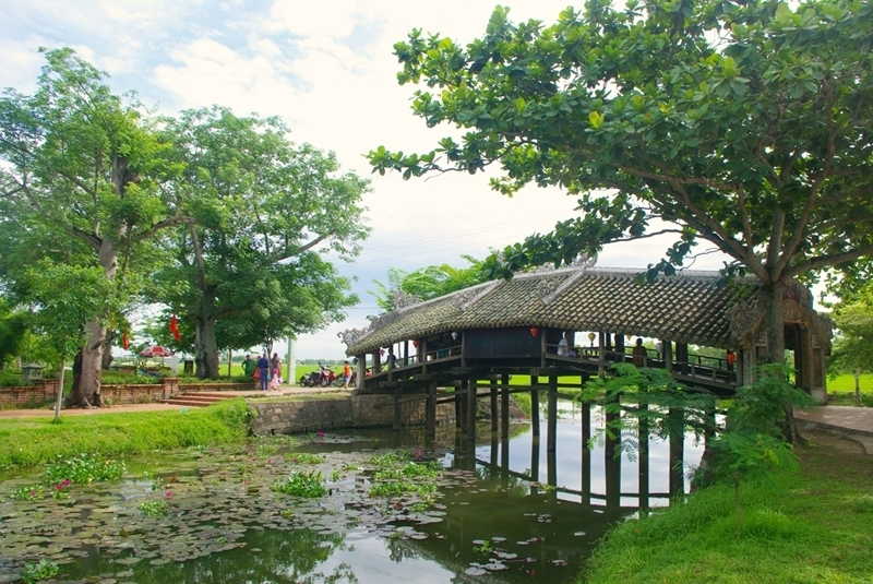 Thanh Toan tile-roofed bridge in Hue