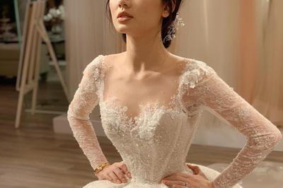Chiếc váy cưới được làm trong 800 giờ