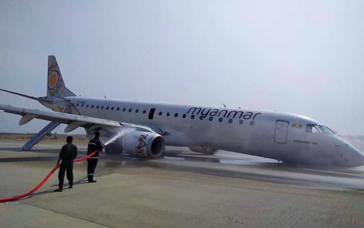 Thót tim máy bay chở khách hạ cánh bằng bụng