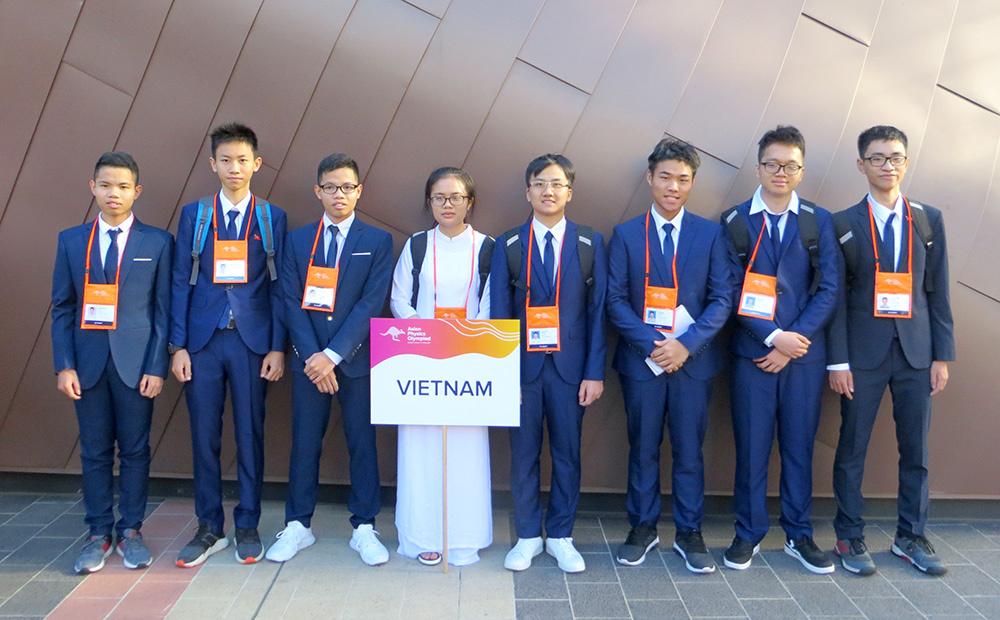 Việt Nam đạt 8/8 giải trong cuộc thi Olympic Vật lý châu Á 2019