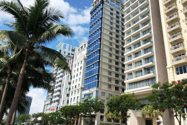 Đà Nẵng bêu tên loạt khách sạn, nhà hàng xả thải nước bẩn ra biển