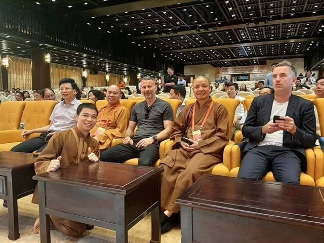 United legend channels his inner chi at pagoda