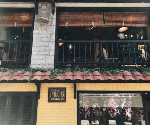 Ms Phuong Bakery opens in Korea