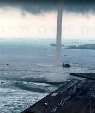 Singapore,vòi rồng,lốc xoáy,tận thế