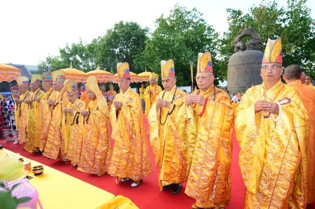 Vesak 2019 holds requiem for peace and prosperity