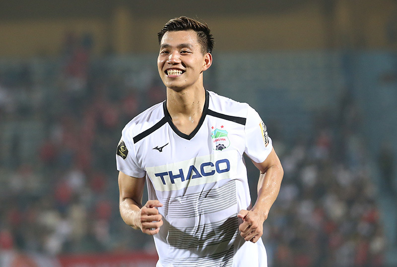 Tuyển Việt Nam dự King's Cup: Văn Thanh chờ 'lệnh' thầy Park