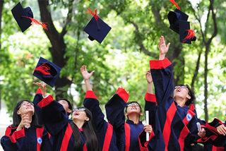 Ban Tổ chức TƯ chiêu mộ 10 sinh viên xuất sắc làm công chức