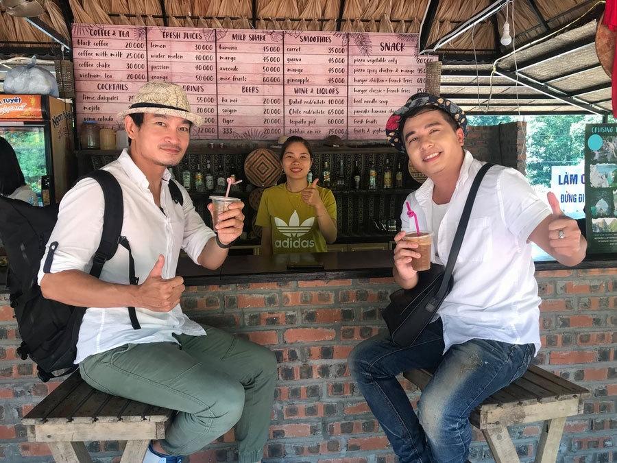 Dương Đình Trí chia sẻ kinh nghiệm du lịch giá rẻ, tiện lợi cùng giới trẻ