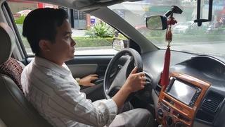 Thực nghiệm vụ thầy dạy lái 'chạm vào chỗ nhạy cảm' của học viên nữ