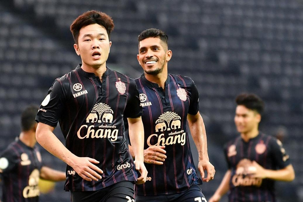 Xuân Trường vào đội hình tiêu biểu Thai League