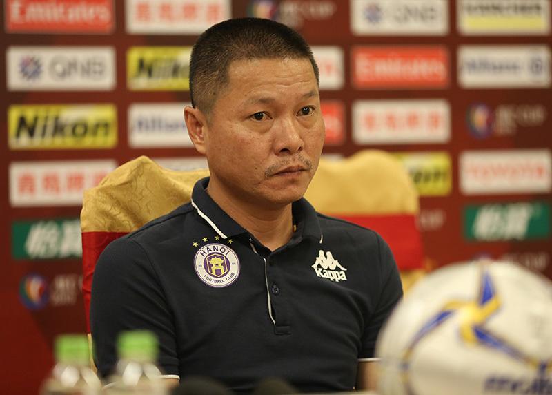 HLV Hà Nội ước chỉ cần thắng 'nửa bàn' trước Tampines Rovers