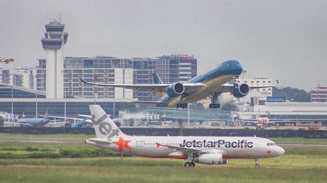 Nhiều thay đổi về phụ phí vé máy bay, hành lý ký gửi sắp được áp dụng