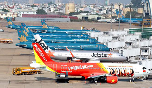 Private airlines bring dynamism to Vietnam's aviation industry