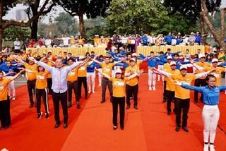 Bộ trưởng Y tế yêu cầu toàn bộ cán bộ, y bác sĩ tập thể dục giữa giờ