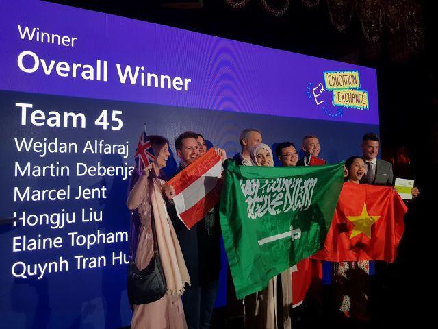 Vietnamese teacher honored in France