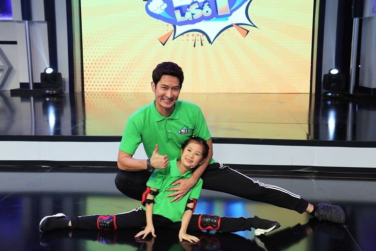 Huy Khánh lên tiếng khi con gái bị chỉ trích hỗn láo với bố