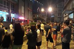 Cháy do chập điện, dân chung cư nửa đêm tháo chạy