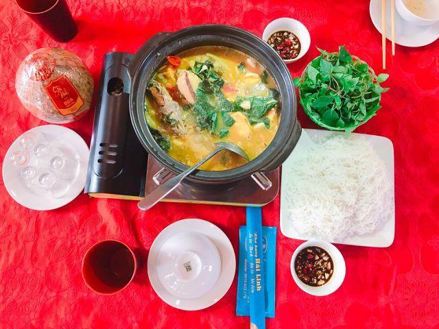 Vừa đến đất Quảng Ninh, khách đã giục nhà hàng om mấy nồi cá ba gai chuối đậu