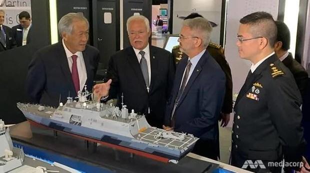 Vietnam attends maritime defence exhibition 2019